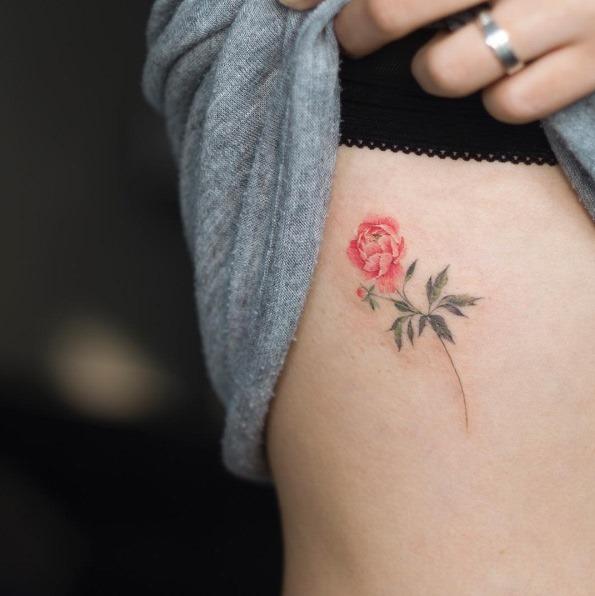 esta_pequena_flor_penia_tatuagem