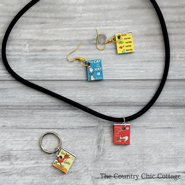 mini-seuss-book-jewelry-004