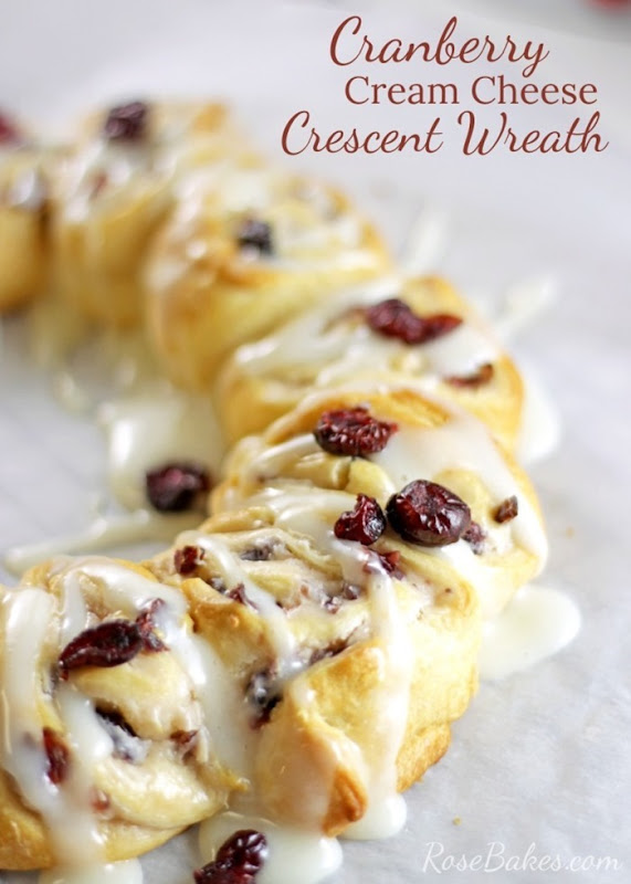 Cranberry-Cream-Cheese-Crescent-Wreath-02-750x1050