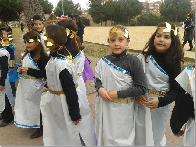 disfraz de romano y romana (1)