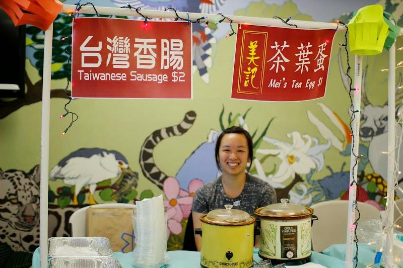 2012-07-28 Night Market - photo11.jpg