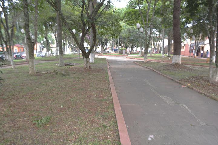 Pela manutenção de iluminação da Praça Central de São João Novo