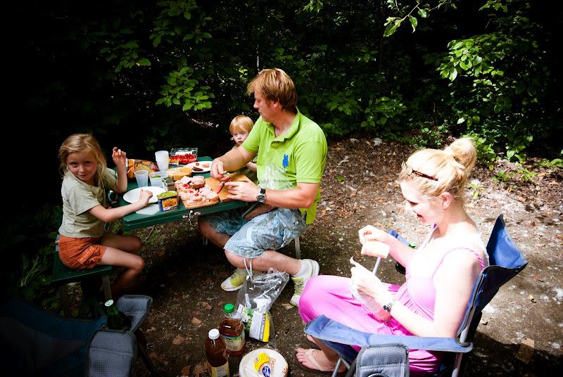 Leavenworth, camping za górami wśród lasów i rzek..