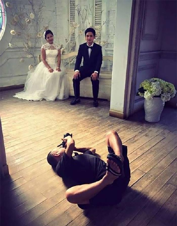 攝影師拍照姿勢