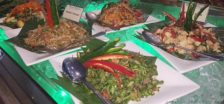 buffet_ramadhan_royal_chulan_kerabu