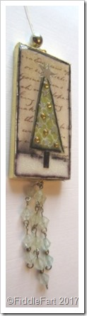 Domino Crafts Christmas Tree Decoration Tag with Beads