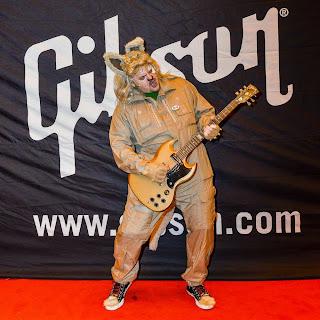 GibsonBarf