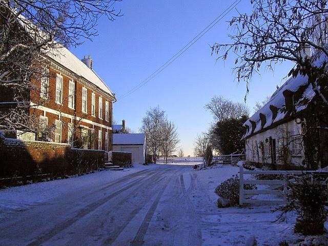 Woodhurst In The Snow - 7548098510233_0_BG.jpg
