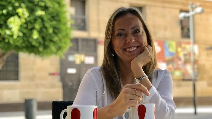 Silvia García Pérez: la propuesta es clara: reinventa tu empresa, a través de la innovación y creatividad.