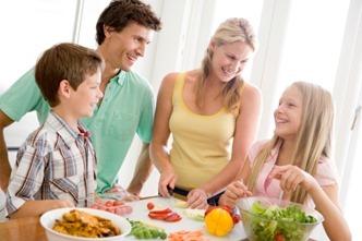 Os pais devem utilizar as férias escolares para promover a educação alimentar