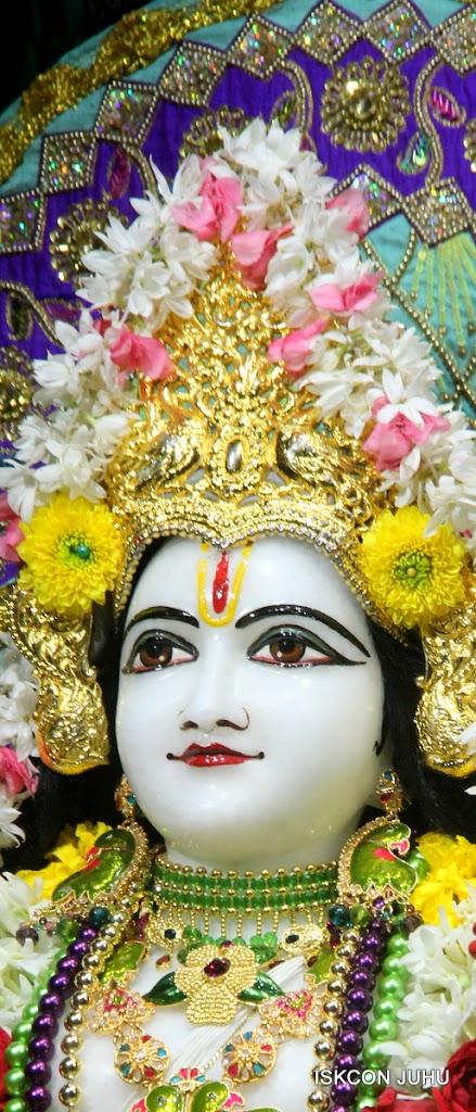 ISKCON Juhu Sringar Deity Darshan on 24th July 2016 (34)
