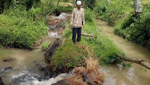 Waduh, Petani Warga Sindangsari Buat TPT Dari Gedebog Pisang
