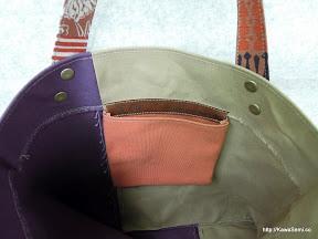 内ポケットはオレンジです。裏地とよく合ってます。