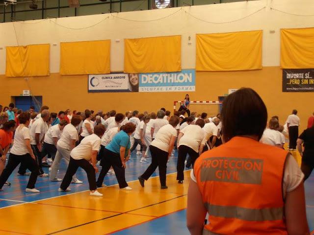 Durante alguna de las actividades que realizaron los mayores durante toda la mañana.