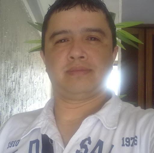 Francisco Caceres Photo 21