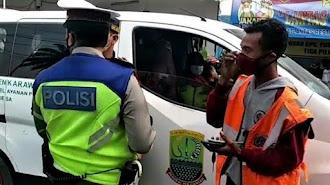 Kendaraan Dinas Asal Karawang Berada di Jakarta, Diduga Gunakan Membawa Pemudik