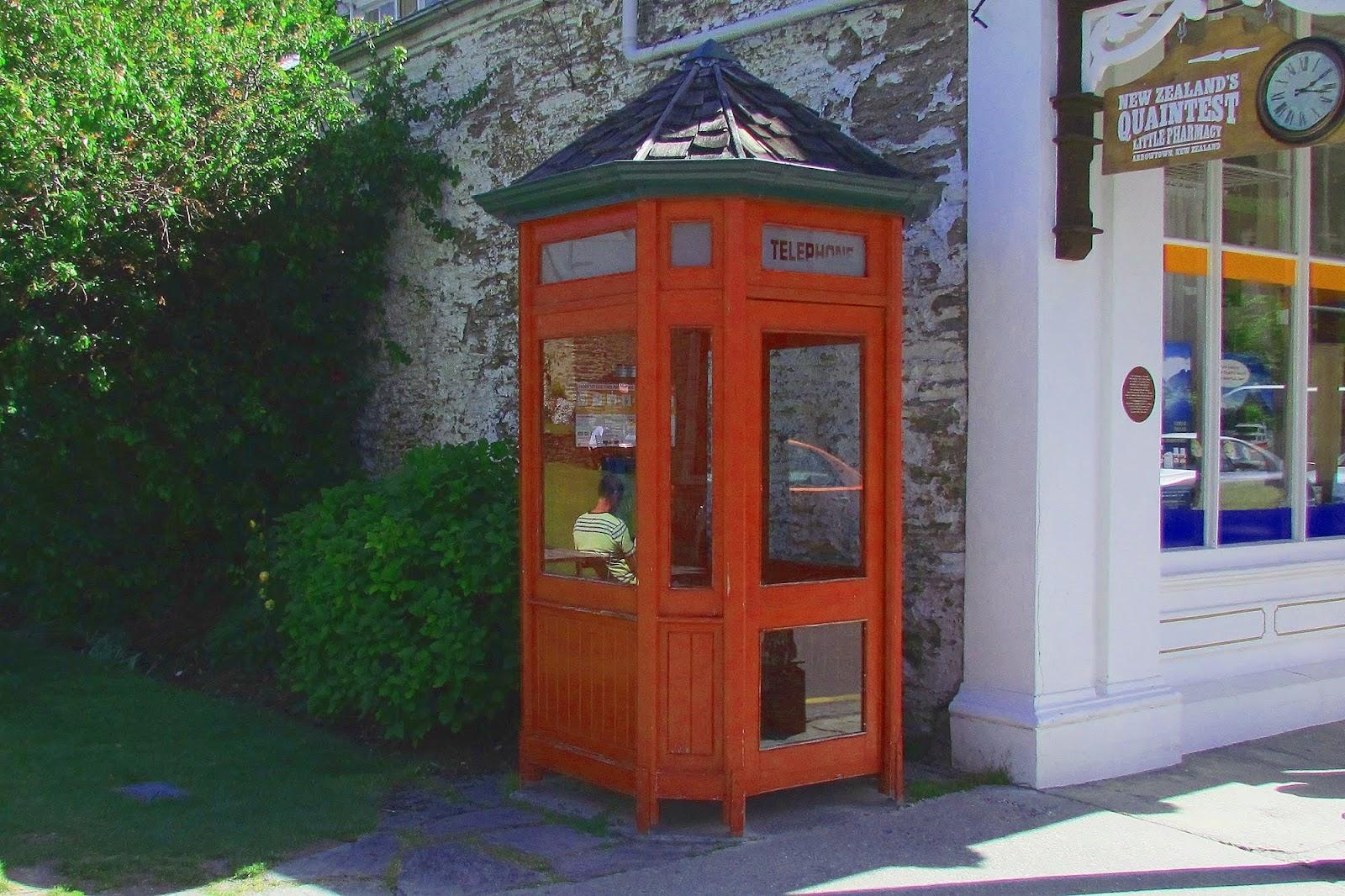 Arrowtown Phone Box.jpg
