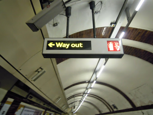 How to take the London Tube - the way out!