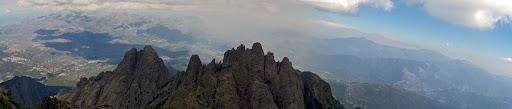 Depuis le sommet du Turone, Punta Cavallare et Pinzi a i Giuell