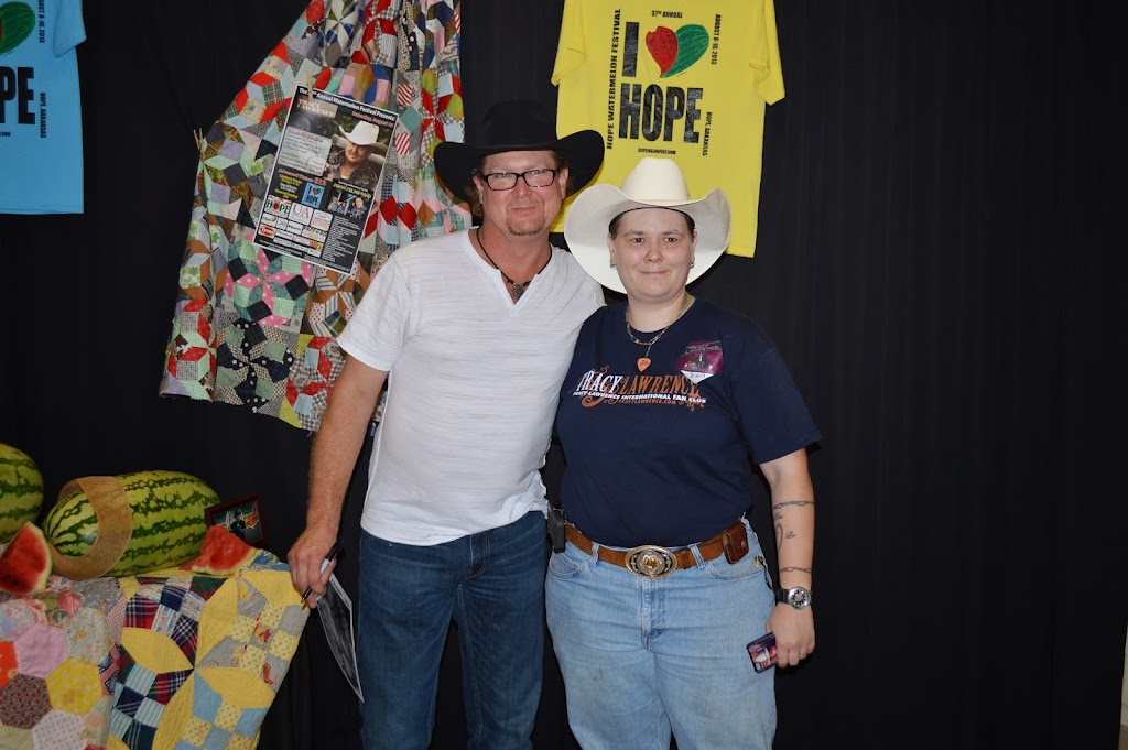 Tracy Lawrence Meet & Greet - DSC_2928.JPG