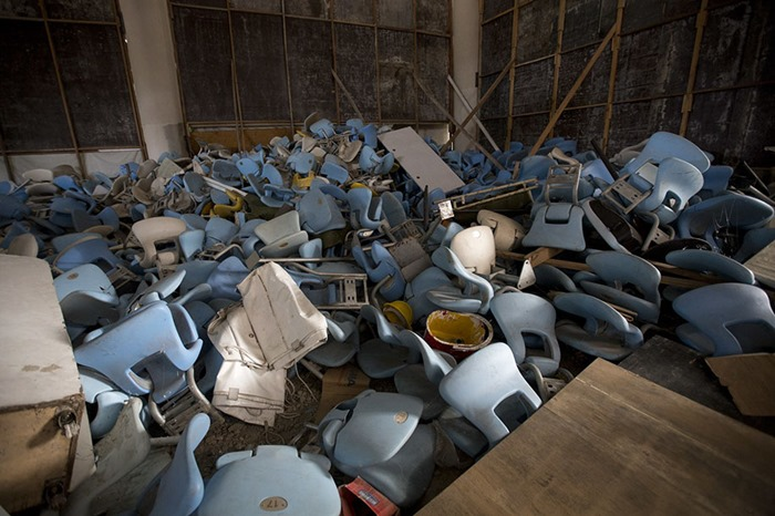 maracana-olympic-facilities-fall-apart-urban-decay-rio-2016-4