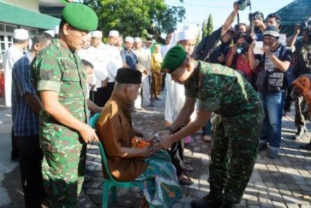 berita foto video sinar ngawi terkini: Menjalin Silaturahim Demi Terwujudnya Kemanunggalan TNI – Rakyat