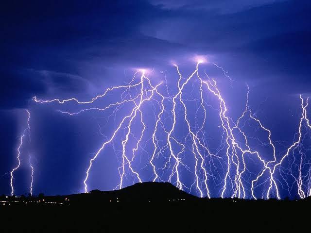 دعاء للنبي صلي الله عليه وسلم يجب أن تقوله عند رؤية الرعد والبرق