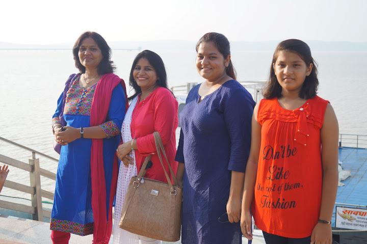 Omkareshwar and Hanmuntiya water resort - DSC06523.JPG