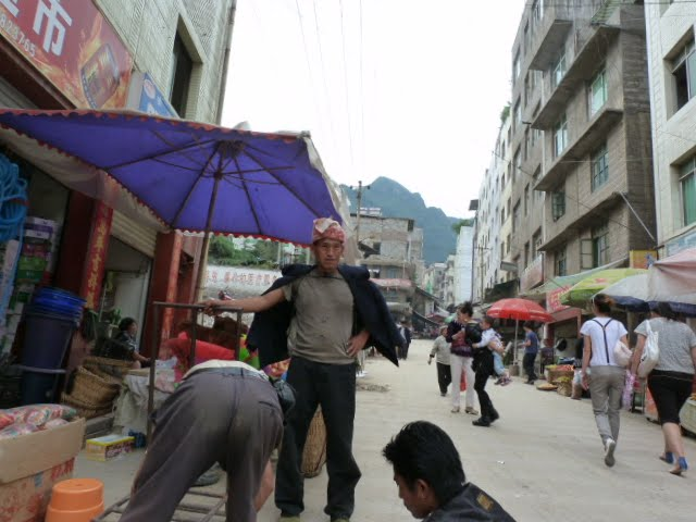 CHINE.SICHUAN.LEI BO,petite ville , escale pour aller à XI CHANG - 1sichuan%2B613.JPG