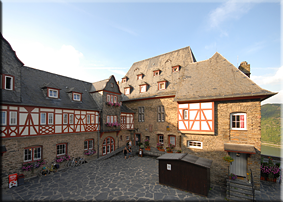 Nave (izquierda), Palas (centro) y cocina (derecha) - Castillo de Stahleck
