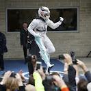 Lewis Hamilton celebrates his amazing achiefment