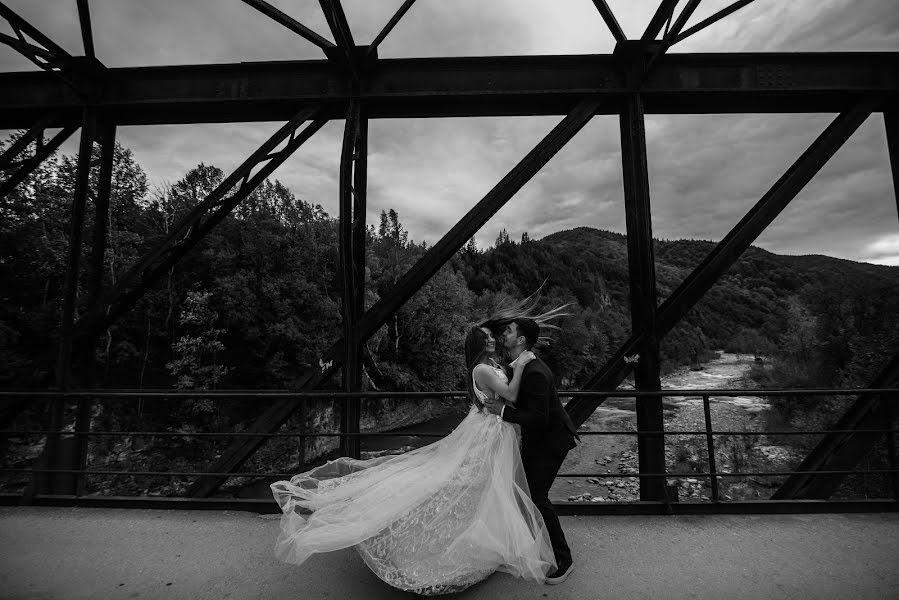 Wedding photographer Volodymyr Harasymiv (VHarasymiv). Photo of 21.01.2019