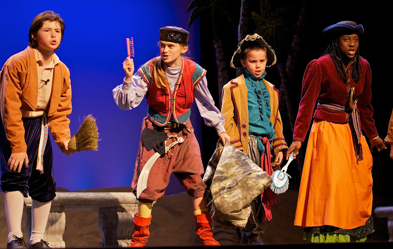 2012PiratesofPenzance - _DSC1293%2B-%2B2012-04-14%2Bat%2B11-19-05.jpg