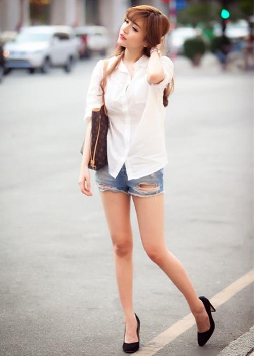 Hinh anh: So mi trang voi quan short jean