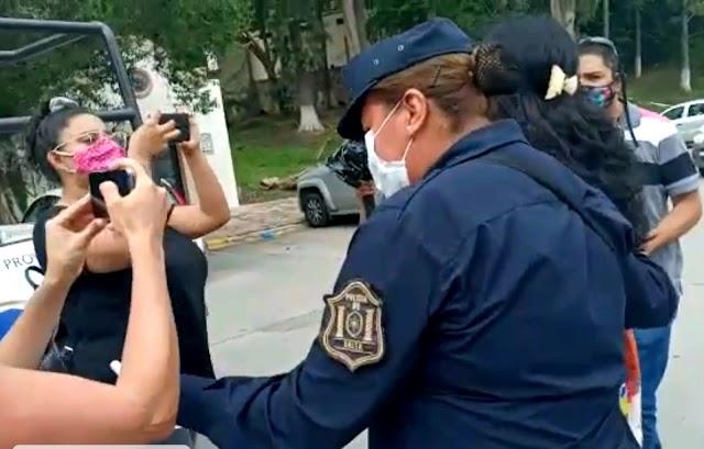 El Gobernador Saénz detiene a una docente por protestar