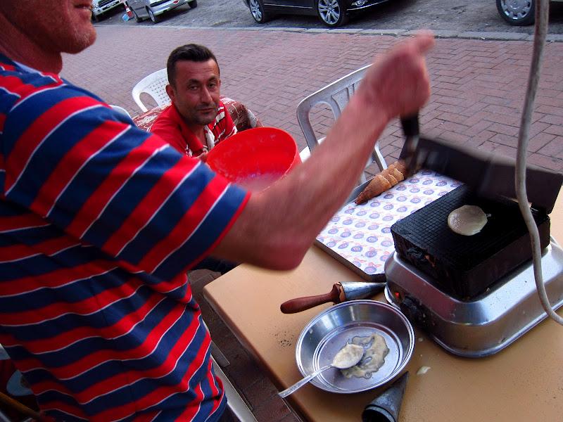 Waffle cone maker in Eğirdir