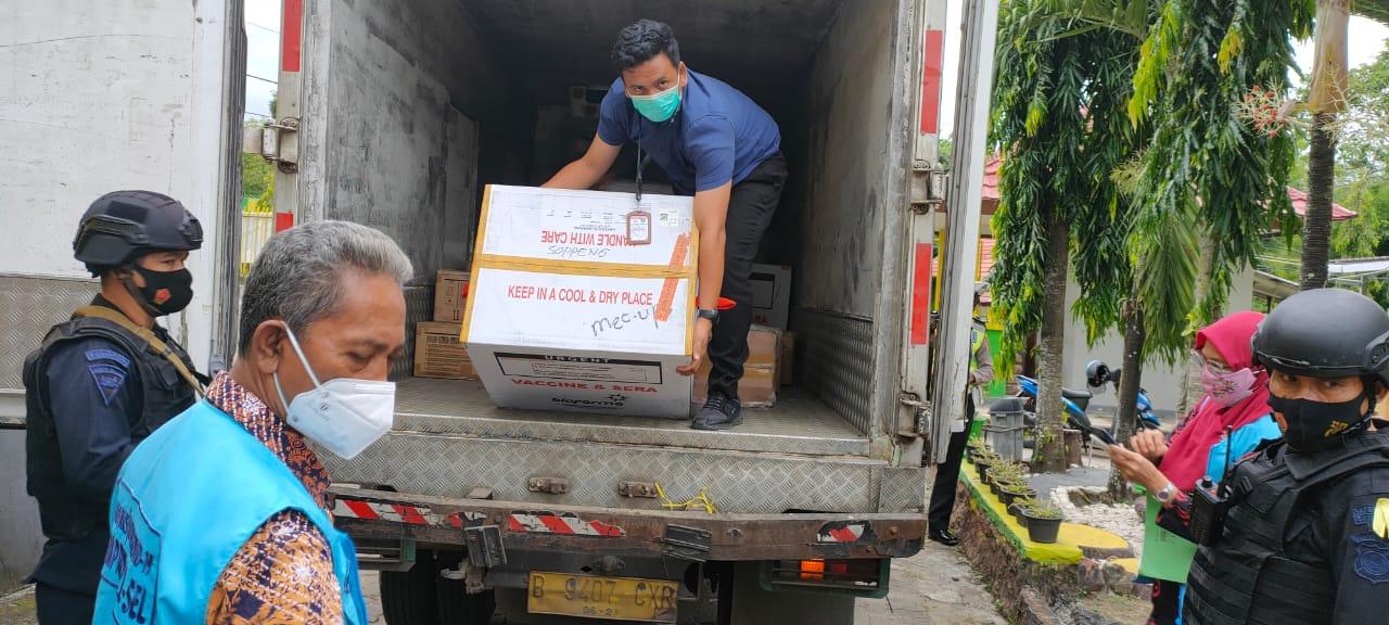 Vaksin Covid19 Tiba, Diprioritaskan Petugas Kesehatan Kabupaten Soppeng