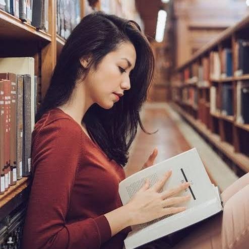 Hari Kunjung Perpustakaan, Upaya Menggiatkan Semangat Literasi Anak Bangsa