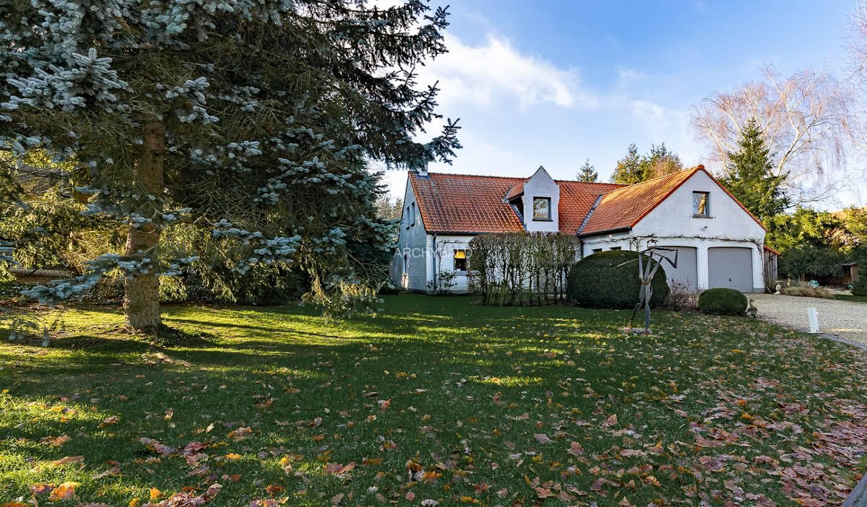 Villa avec jardin et terrasse Lasne