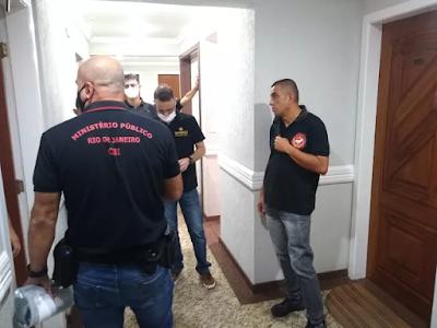 Ex-deputado Silas Bento e o filho dele são presos