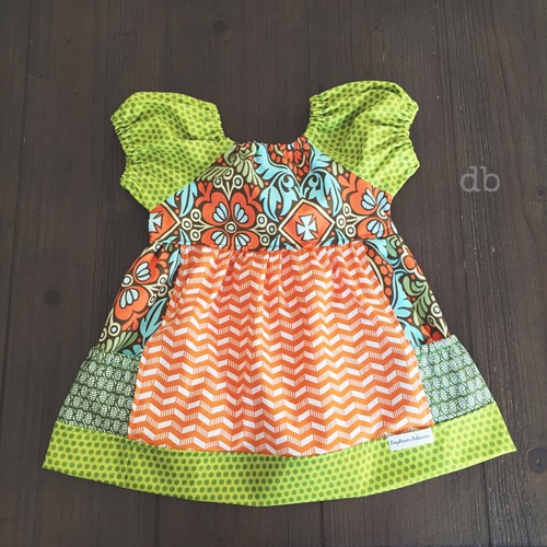Classic vintage style pesasant dress with pockets for girls handmade by Daydream Believers Designs