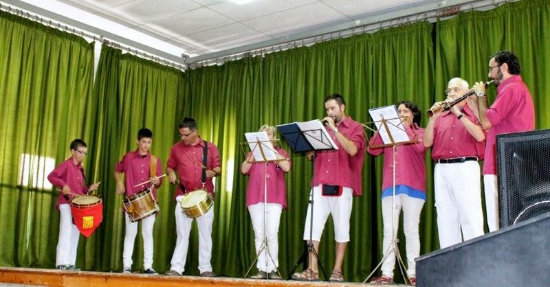 Audició Escola de Gralles i Tabals dels Castellers de Lleida a Alfés  22-06-14 - IMG_2363.JPG