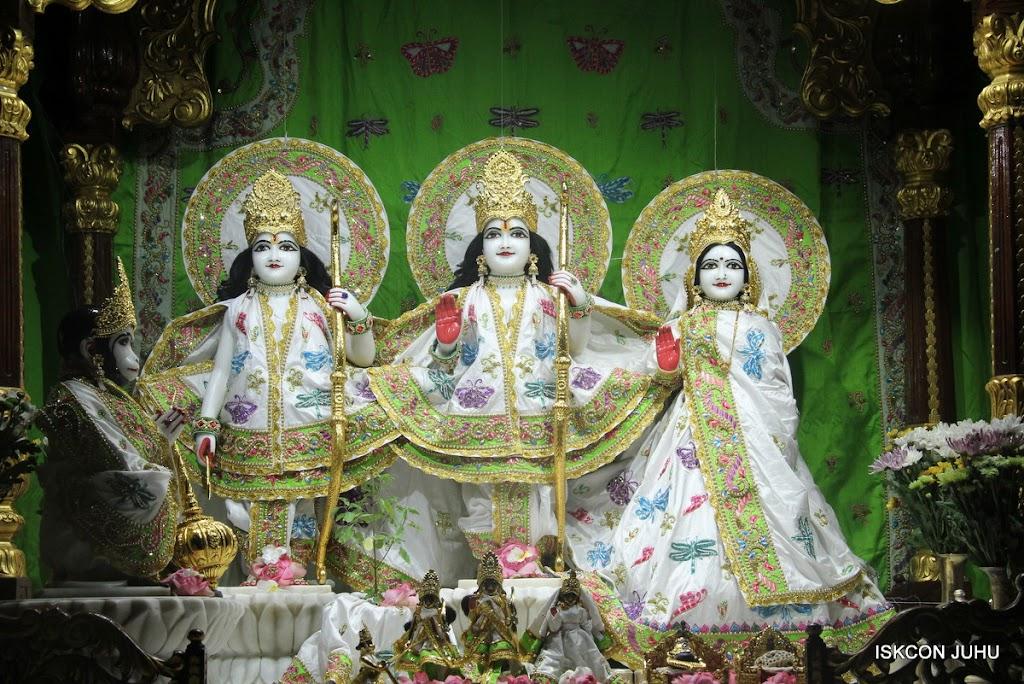 ISKCON Juhu Mangal Deity Darshan on 01st May 2016 (1)