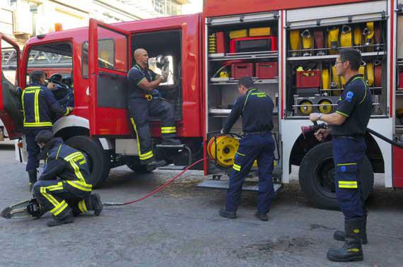 Mantenimiento del material de los bomberos por dos años
