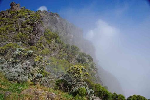 La crête près de la Caverne Dufour.