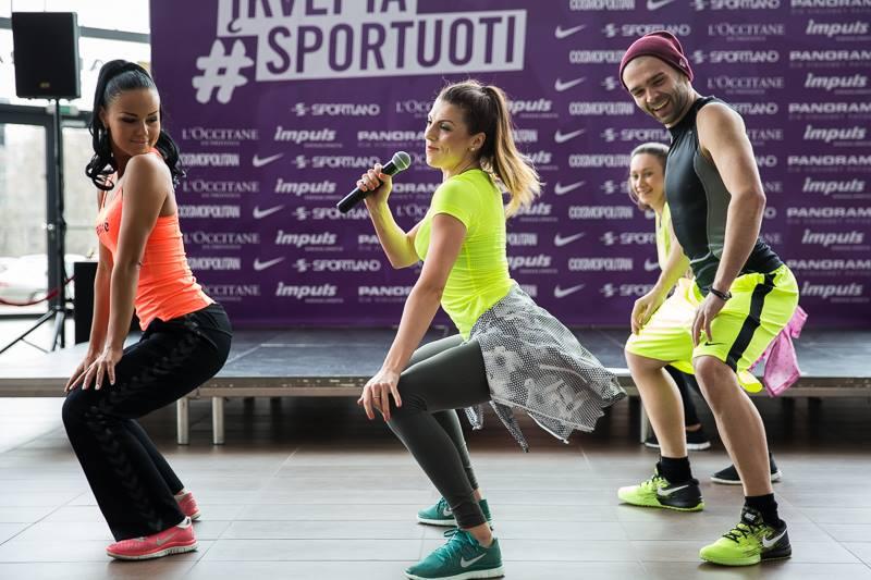 Sportland dancehall ir house showcase - 1496665_10152272032708637_1674113019_n.jpg