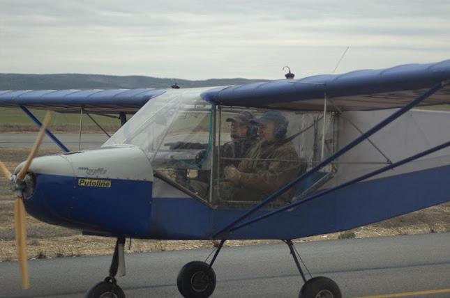 Rodando al hangar tras volar con Angel