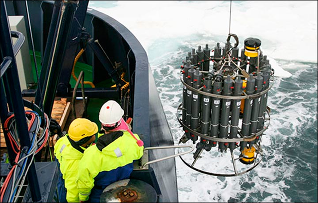 Equipment for sampling methane emissions from the sea floor is deployed in the Laptev Sea. Photo: Tomsk Polytechnic University