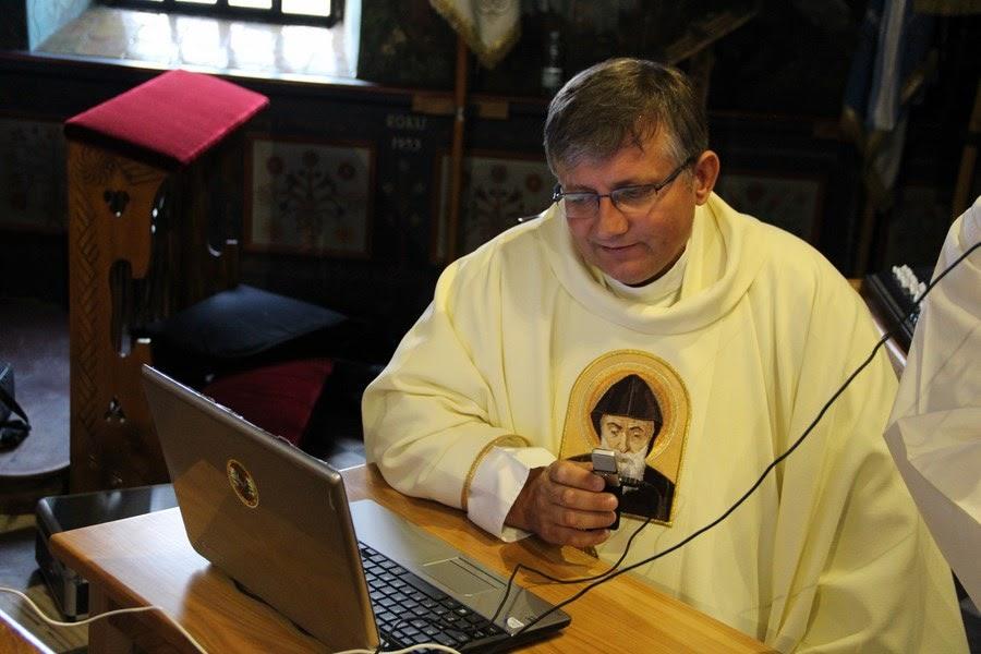 Z relikwiami św. O.Pio w Istebnej - IMG_3497.JPG