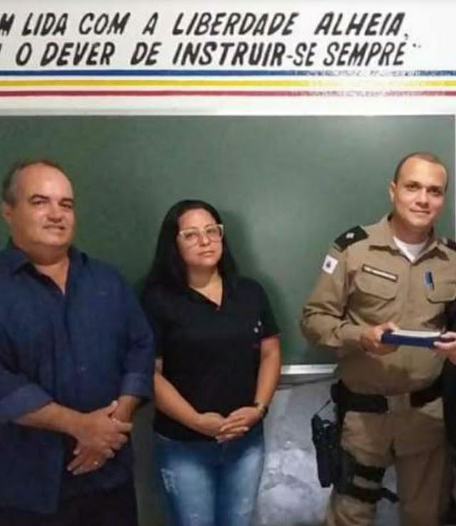 População Divinense se mobiliza contra a saída do Tenente Felipe Costa Montenegro